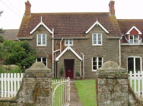Tyn Cellar Farm Holiday Cottages and B&B