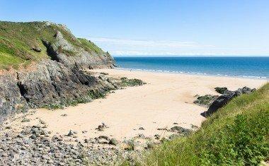 Pobbles Bay beach