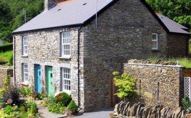 Cwmshon Cottages