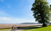 Cycling along Swansea Prom © City & County of Swansea 2014