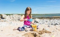 Easter holiday beach break at Port Eynon © City & County of Swansea 2014