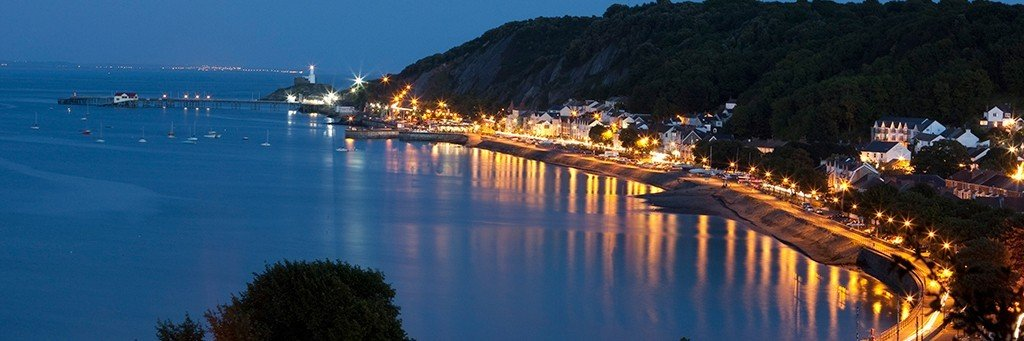 Mumbles at night - Visit Swansea Bay