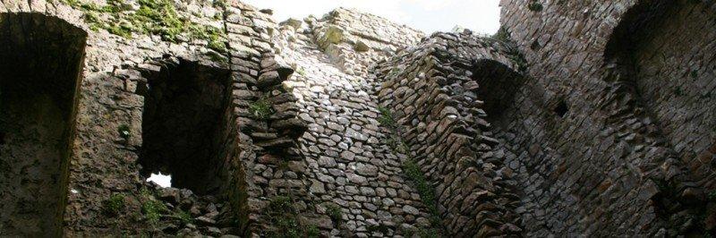 Walking in Gower - Weobley Castle